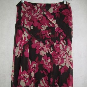 Nine West Skirt Womens Size 8 Berry Flower Color